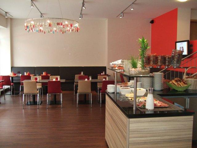 neues Cafe 2008.JPG