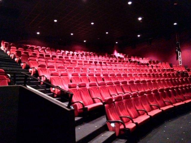 kinosessel.jpg