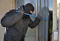 burglar-3718381_1280.jpg