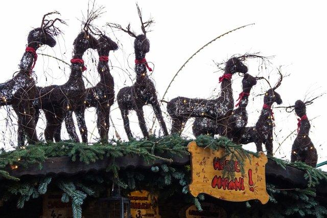 ludwigsburger-barock-weihnachtsmarkt-24.jpg
