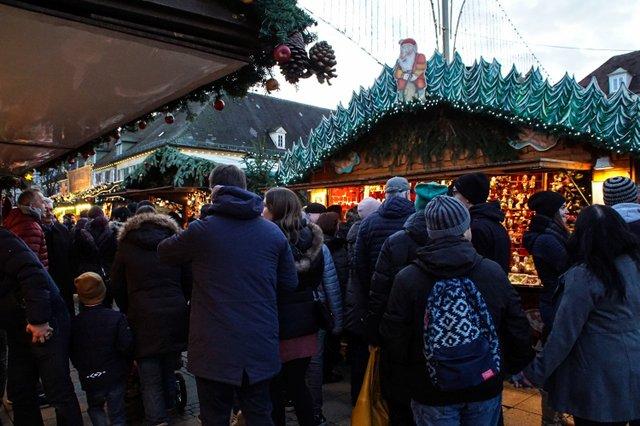 ludwigsburger-barock-weihnachtsmarkt-43.jpg