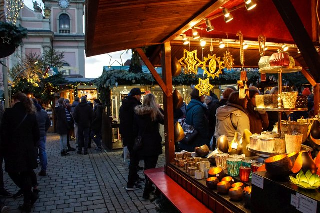 ludwigsburger-barock-weihnachtsmarkt-52.jpg