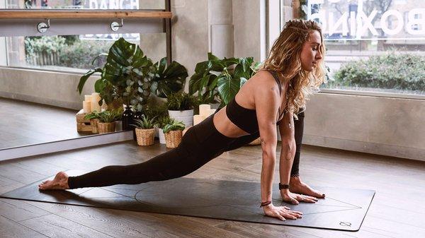 yoga_advertorial_001.png