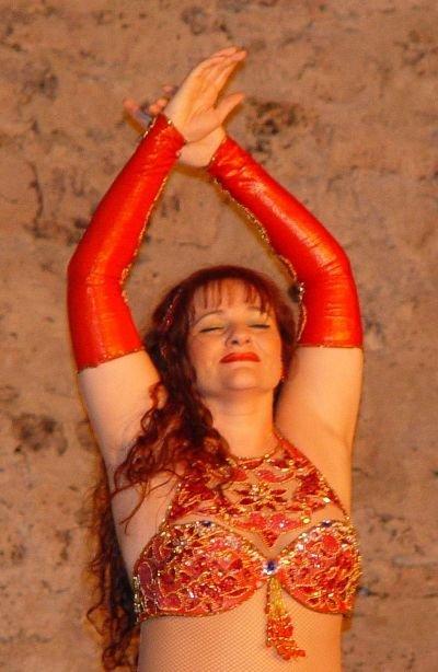 Tamara Orientalischer Tanz.jpg