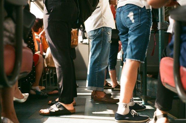passengers-1150043_1280.jpg