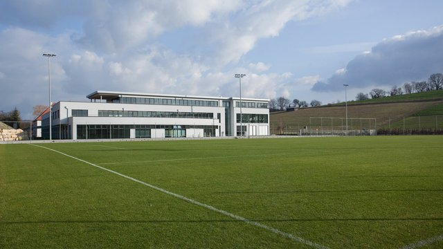 Trainingszentrum-Zuzenhausen-Front_web.jpg