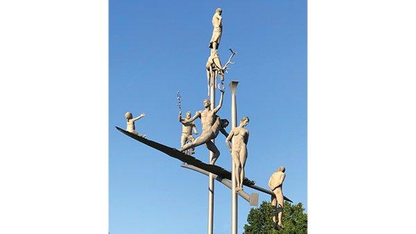 Hölderlinskulptur_2_web.jpg