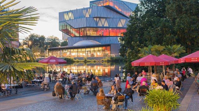 Heilbronn_Weinpavillon_Roland-Schweizer-(1).jpg