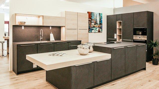 Küche-Grau.jpg