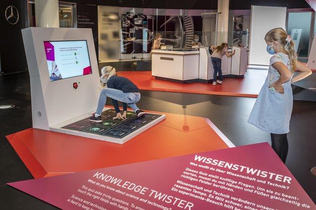 """""""Erleben schafft Wissen"""": Mitmachausstellung der experimenta Heilbronn im Mercedes-Benz Museum"""
