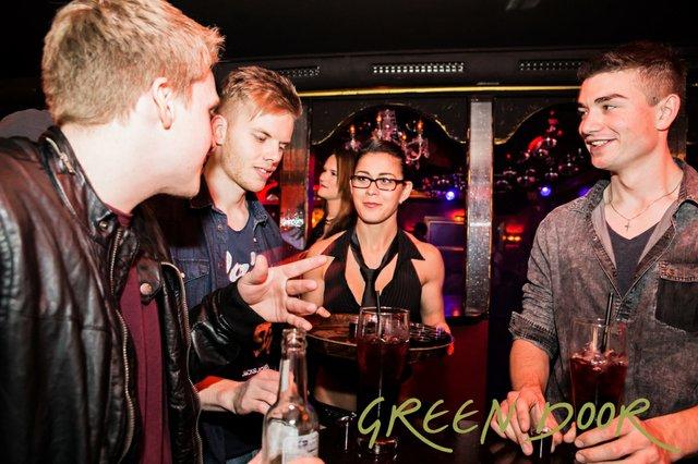 150321_Moritz_Black_Tie_Green_Door_001.JPG