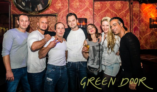 150322_Moritz_Black_Tie_Green_Door_001-2.JPG