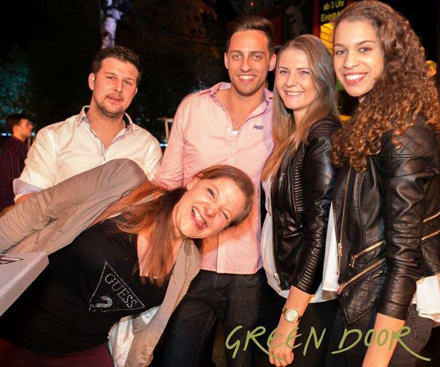 150322_Moritz_Black_Tie_Green_Door_001-8.JPG
