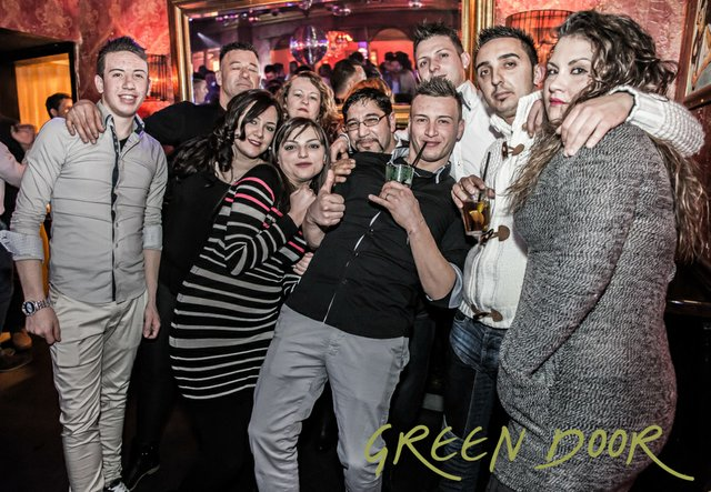 150322_Moritz_Black_Tie_Green_Door_001-60.JPG