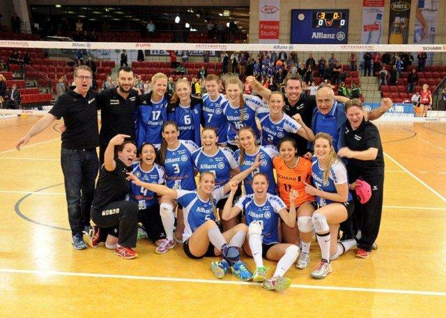 Siegestaumel in Stuttgart über den Einzug ins Halbfinale