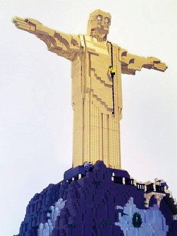 24_ludwigsburg-rsl_event_lego-ausstellung_christus-statue-der-kloetzlebauer_ssg-pressebild (3).jpg