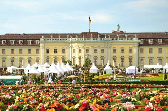 11. Barocke Gartentage