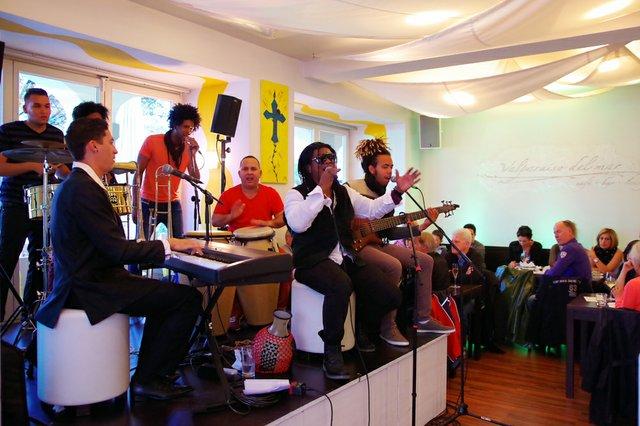 Moritz_mayito-rivera-konzert,-valparaíso-del-mar-ludwigsburg,-1.05.2015_-4.JPG