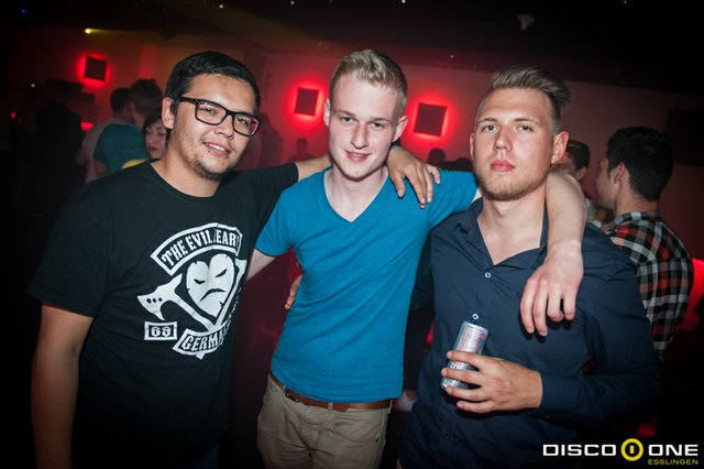 Moritz_Bass & Babes, Disco One Esslingen, 8.05.2015_-55.JPG