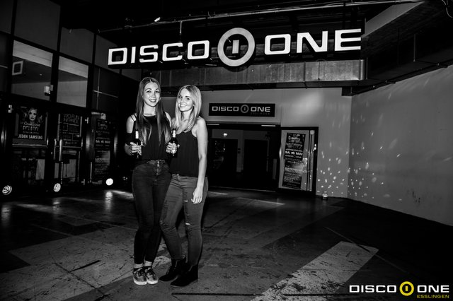 Moritz_Bass & Babes, Disco One Esslingen, 8.05.2015_-90.JPG