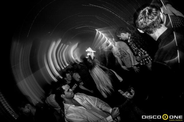 Moritz_Bass & Babes, Disco One Esslingen, 8.05.2015_-97.JPG