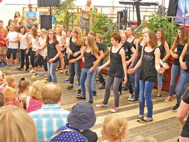 Hohenloher Volksfest Tanschule Pasion