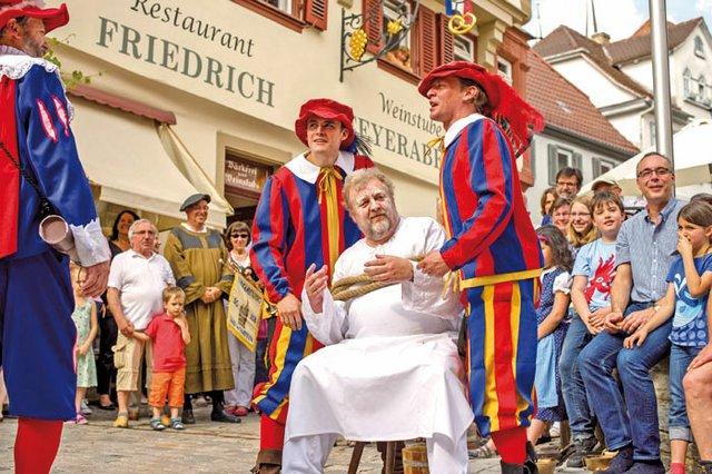 Bad-Wimpfen-Reichsstadtfest-historisches-Schauspiel-quer13pg.jpg