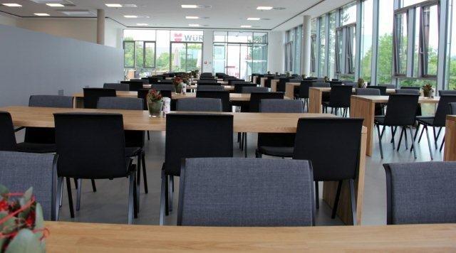 Das neue Betriebsrestaurant (2).jpg