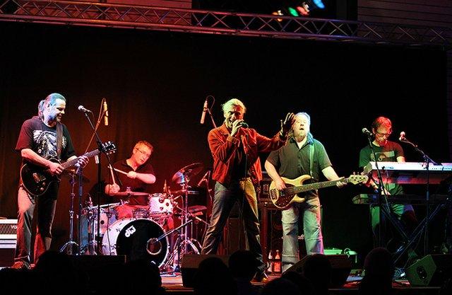 Gitze & Band