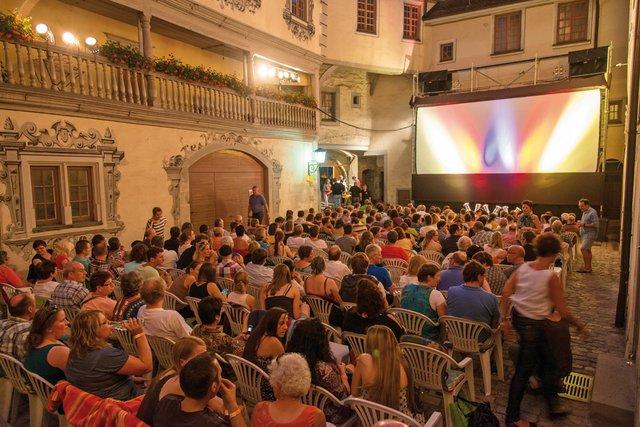 Kino im Schlosshof