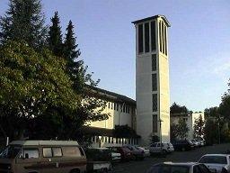 Kath. Kirche St. Josef Esslingen - MORITZ Stadtmagazin