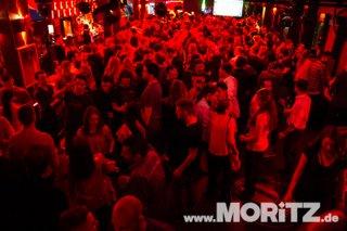 Clubbing-7.JPG